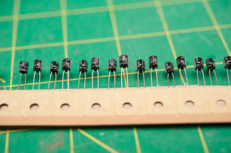 4.7uF Capacitors, a fairly common variant and a lot of them